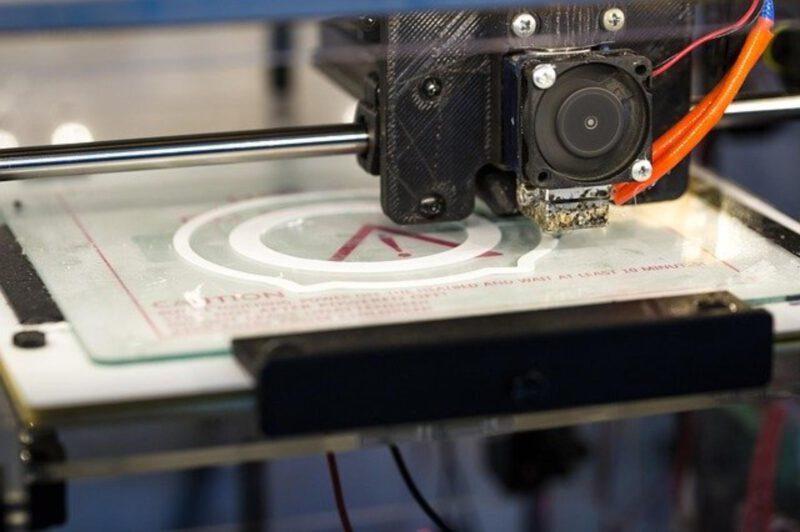 Czy warto zainwestować w drukarkę 3D