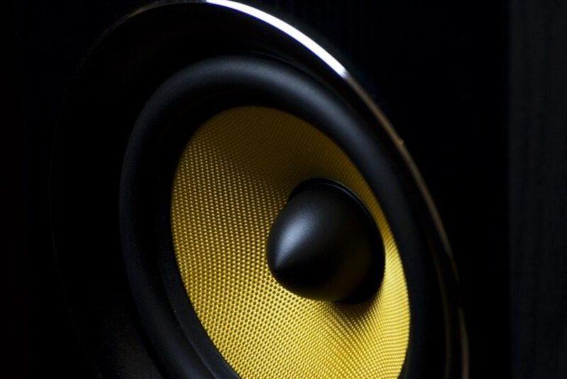 Jak wybrać głośnik